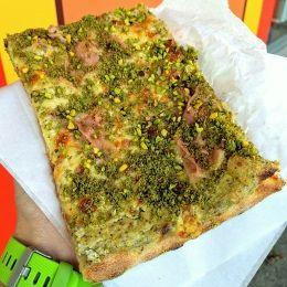 Pizza al Pistacchio e Prosciutto - Panificio La Farina Antony (Catania)