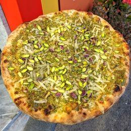 Pizza al Pistacchio e Funghi - Panificio La Farina Antony (Catania)