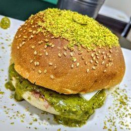 Hamburger 'Pistacchissimo Me' - TuManji (San Giovanni La Punta)